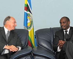Dr Richard Sezibera meets His Highness the Agha Khan at the EAC Headquarters in Arusha. (Sunday Times Rwanda)