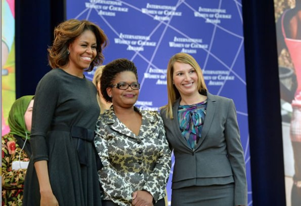 Michelle-Obama-and-Beatrice-Mtetwa